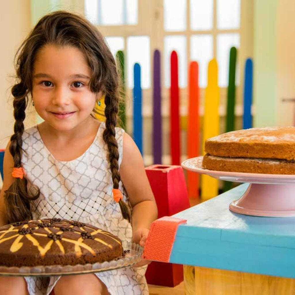 آشپزی در مهد کودک